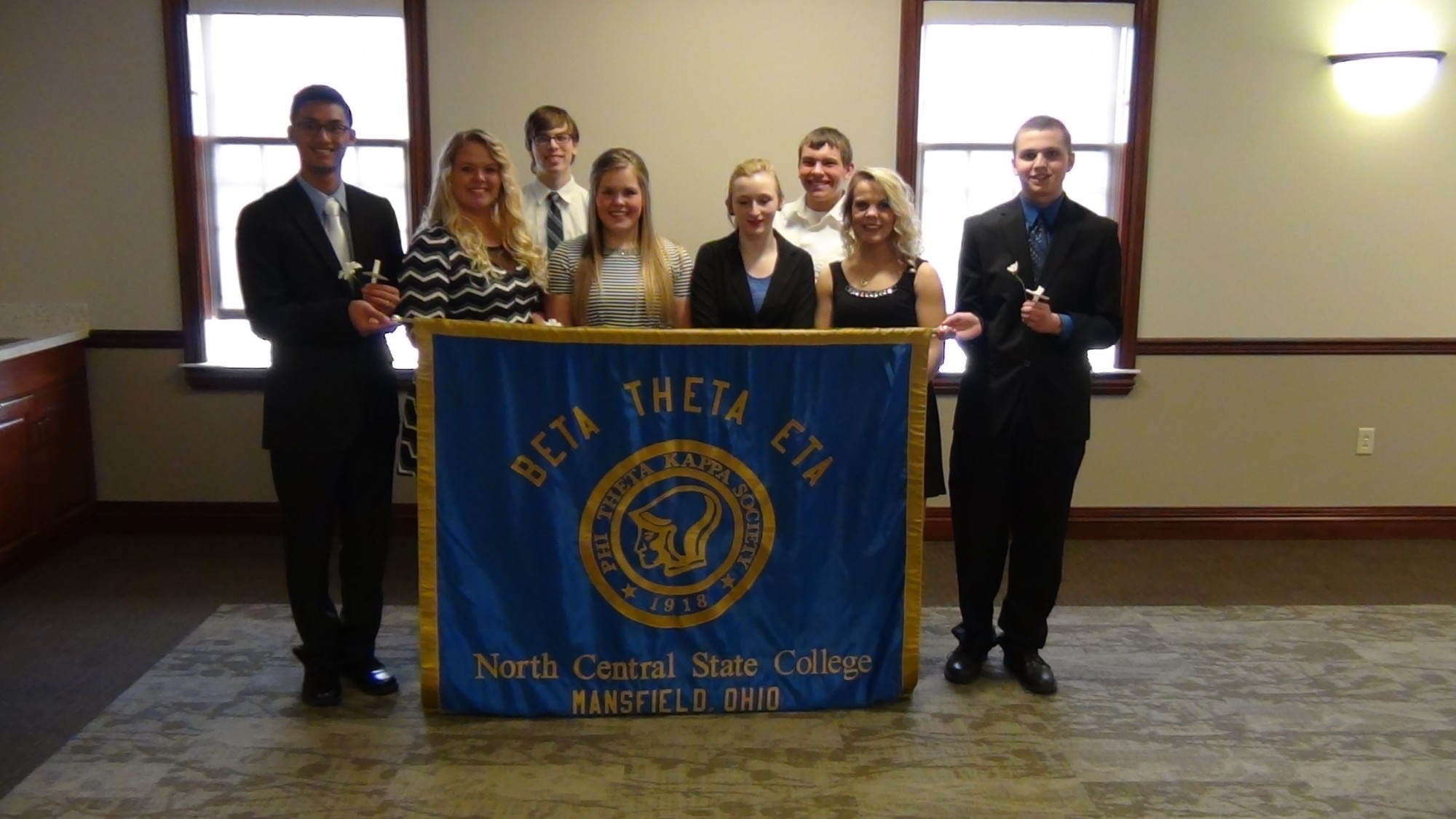 Junior Students Inducted into Phi Theta Kappa